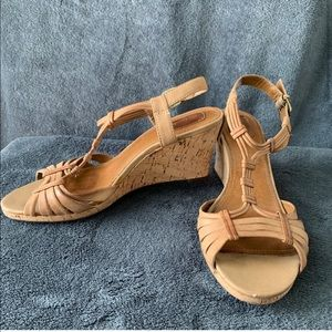 Clark's Strappy Wedge Sandals Brown Size 8.5